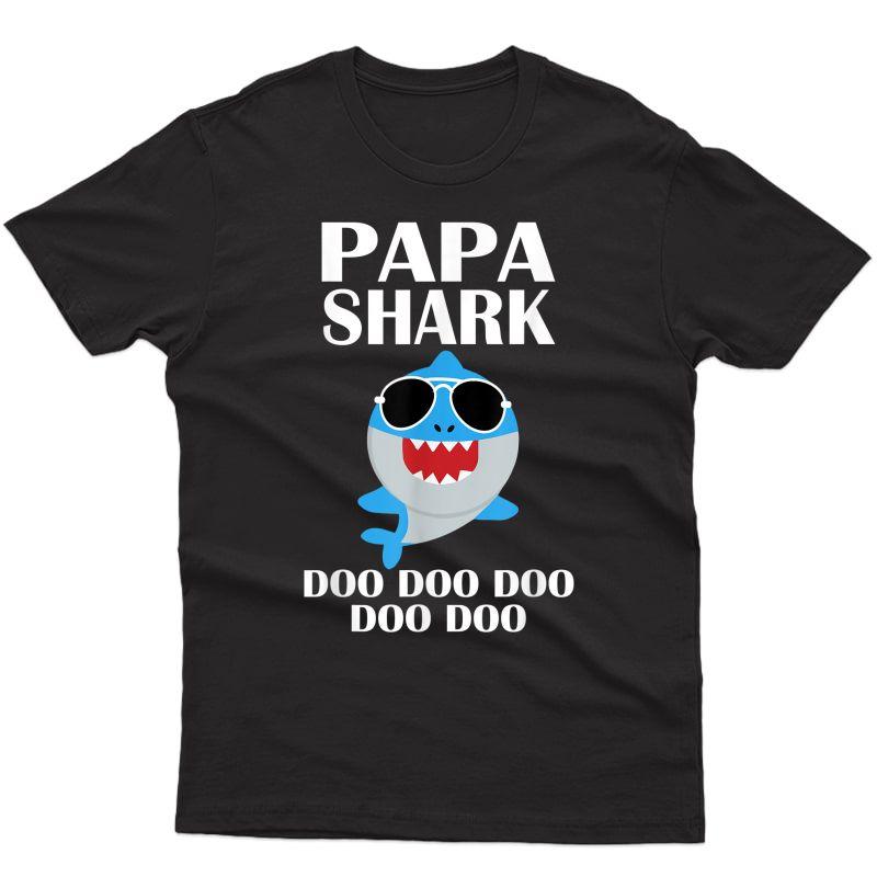Papa Shark Shirt Doo Doo Doo Fathers Day Papa Christmas Gift T-shirt